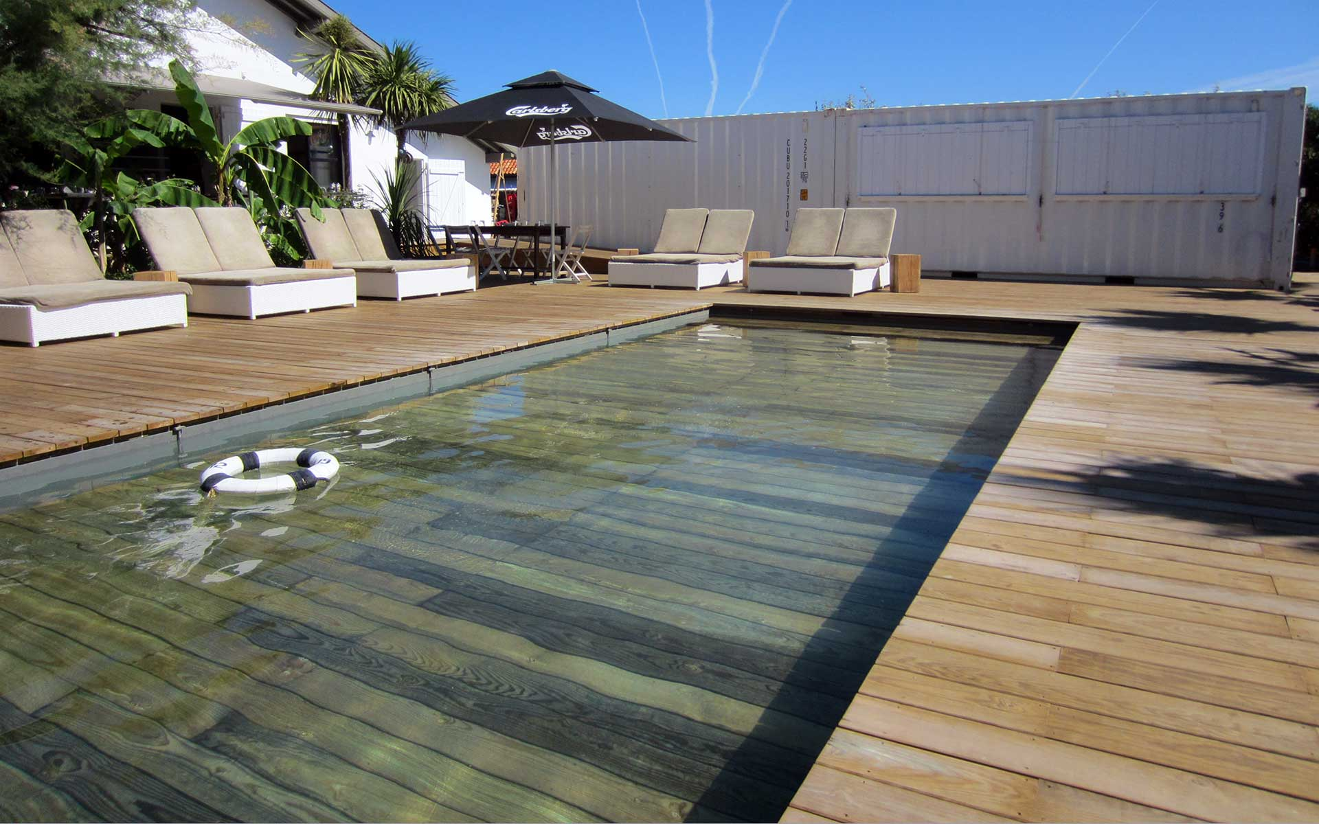 Votre piscine fond mobile les essentiels maison - Photo terrasse piscine ...